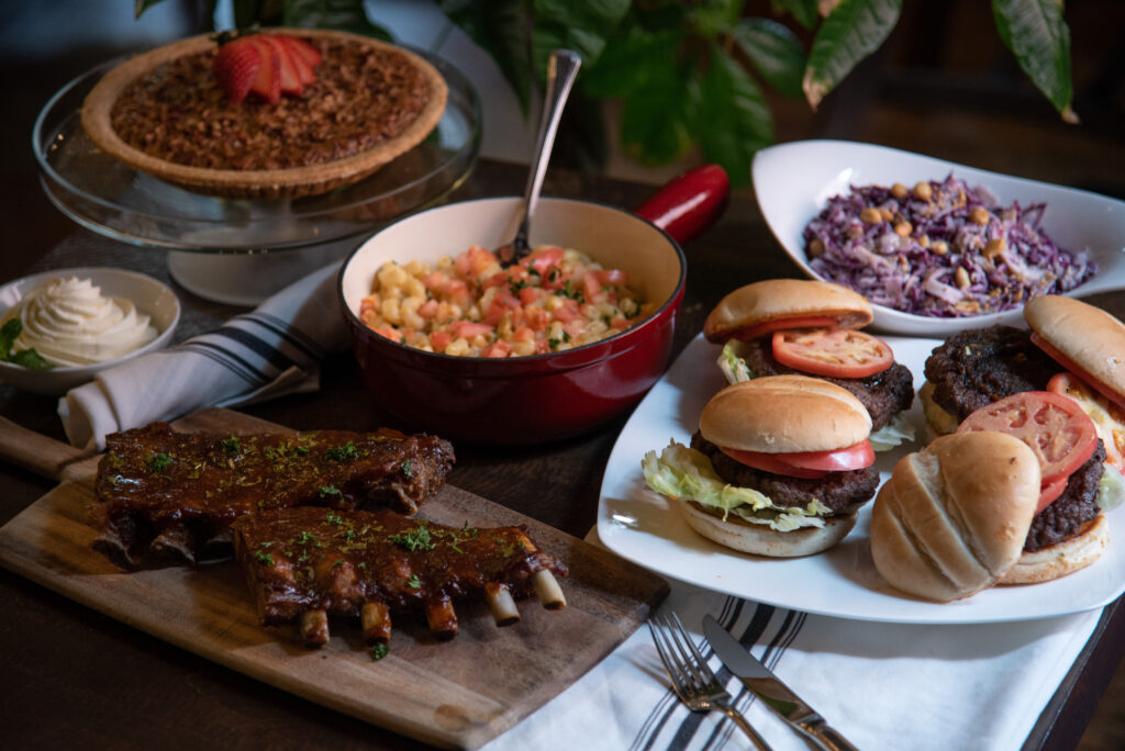 Gourmet-Burgers-and-Ribs-Take-Home-Meal